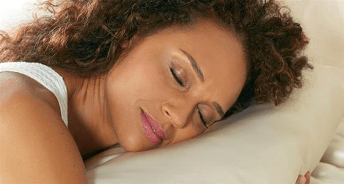 Using a silk pillowcase